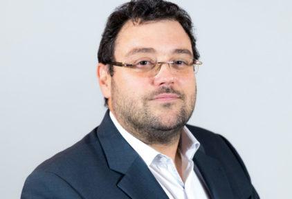 Emmanuel LARRAZET, expert-comptable et commissaire aux comptes associé, La Motte-Servolex.